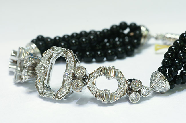 Estate Jewelry is Ready for youngers Fashion